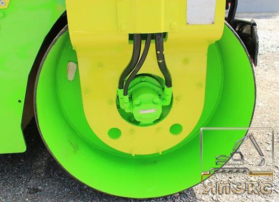 Hitachi RC35. Япония Bиброкаток колёсный , Б. П в наличии - ЯпЭкс - Реализация Японской спецтехники на российском рынке. Покупка с аукционов Японии под Ваш заказ.