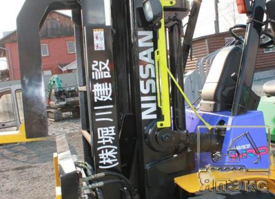 Погрузчик Nissan F04B35T вилочный - ЯпЭкс - Реализация Японской спецтехники на российском рынке. Покупка с аукционов Японии под Ваш заказ.
