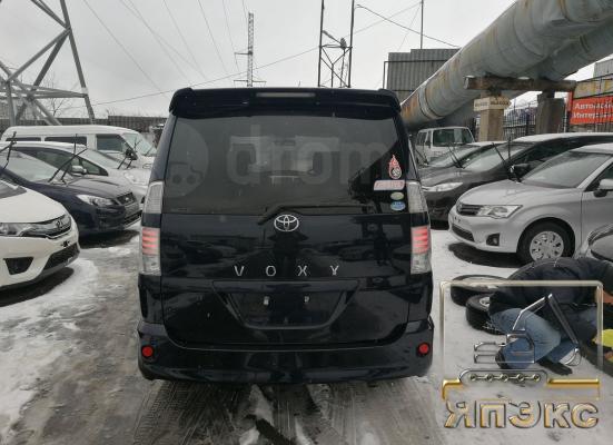 Toyota Voxy черный - ЯпЭкс - Реализация Японской спецтехники на российском рынке. Покупка с аукционов Японии под Ваш заказ.