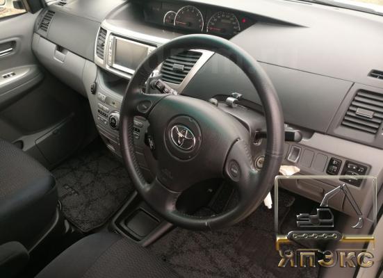 Toyota Voxy - ЯпЭкс - Реализация Японской спецтехники на российском рынке. Покупка с аукционов Японии под Ваш заказ.